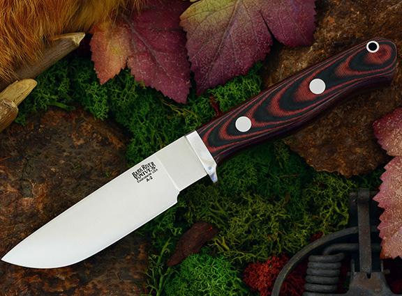 Нож с фиксированным клинком Gameskeeper Black & Red Linen Micarta