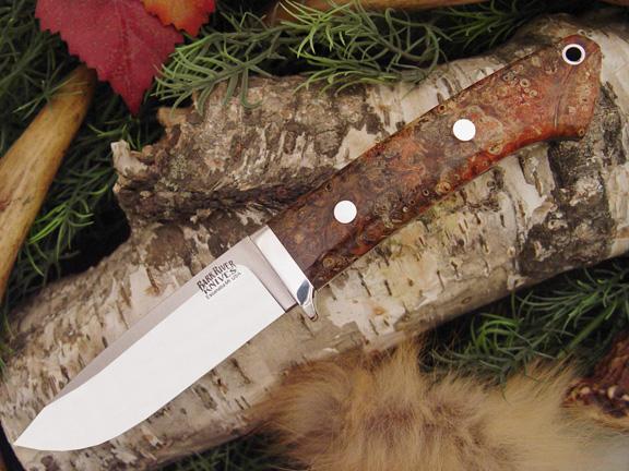 Нож с фиксированным клинком Drop Point Hunter Salmon Black Elder Burl