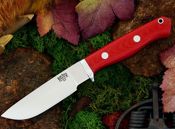 Нож с фиксированным клинком Gameskeeper Red Linen Micarta