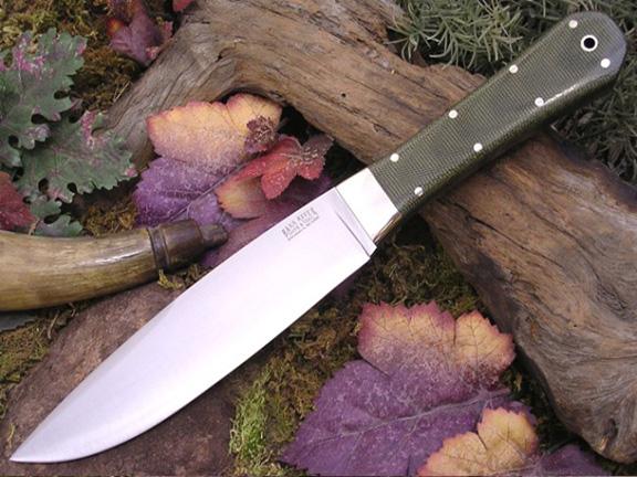 Нож с фиксированным клинком Rogue Green Linen Micarta